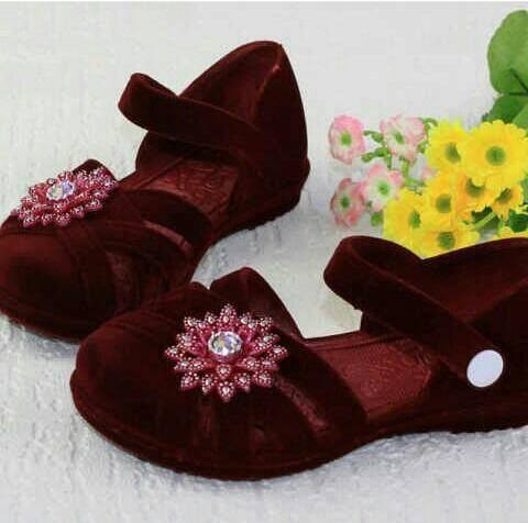 Flat shoes maroon flower